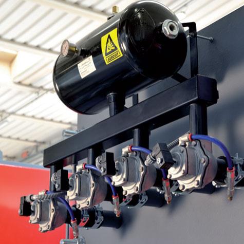 Radijator Clean automātiskā siltummaiņu attīrīšanas sistēma ar kompresoru